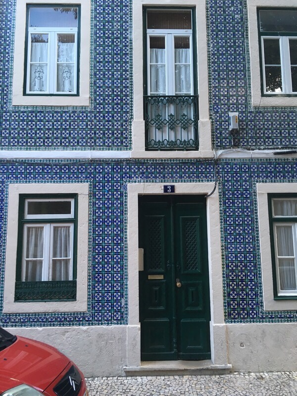 How to side a building with ceramic tiles