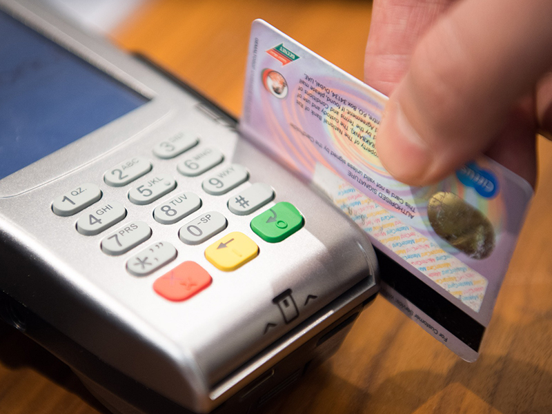 you need a bank not only doesnt charge you foreign transaction fees but also refunds any atm fees that a foreign bank might charge you - Best Debit Card For International Travel